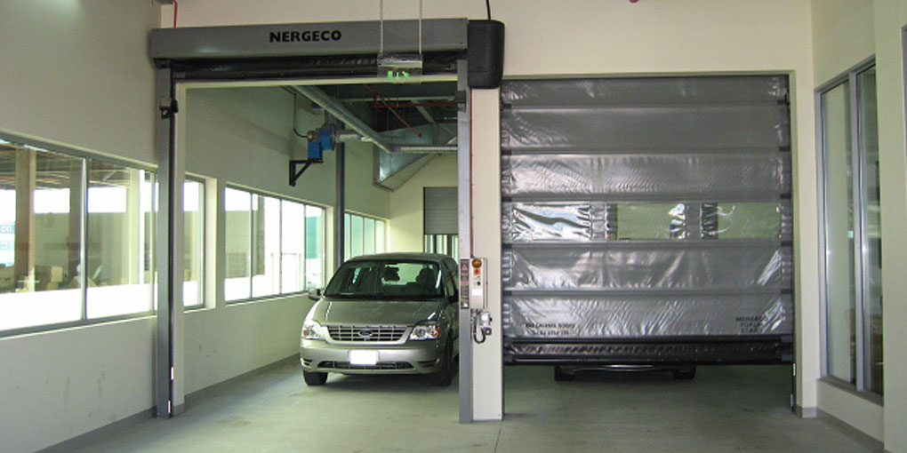 High-speed doors for interior processes