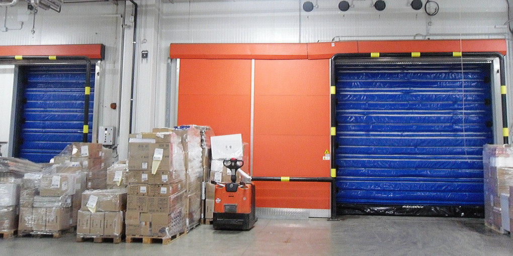 High-speed cold storage flexible door