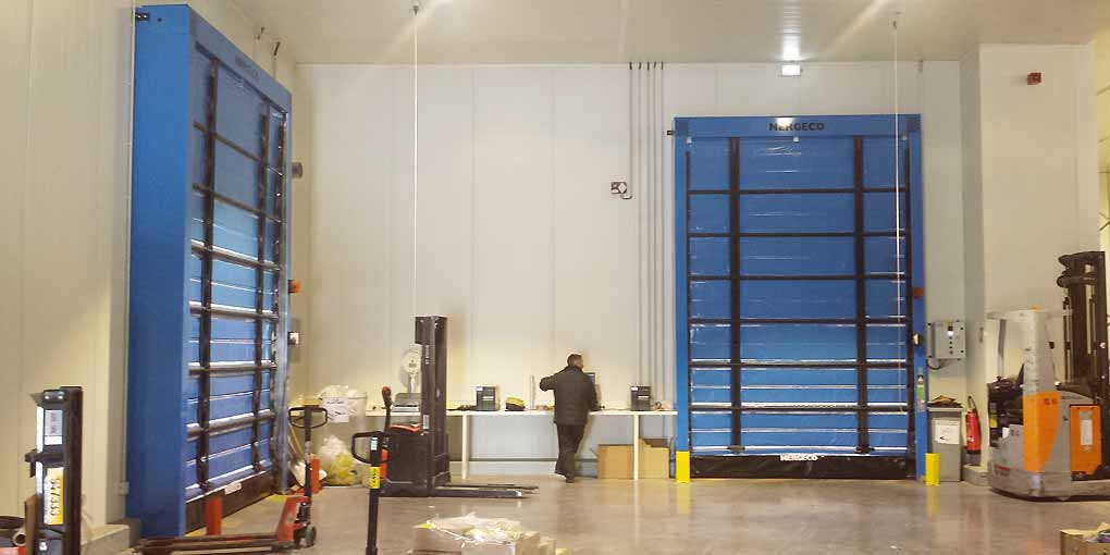High-speed isothermal doors